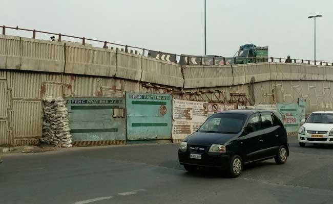 दिल्ली PWD ने अपने सभी फ्लाईओवरों का निरीक्षण करने का दिया निर्देश