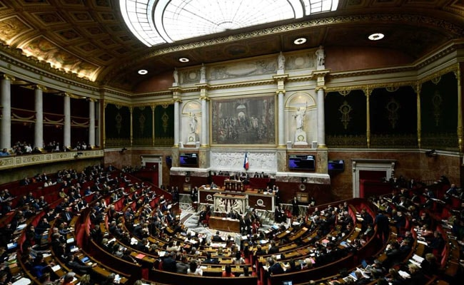 French Lawmakers Vote For 'Right To Make Mistakes'