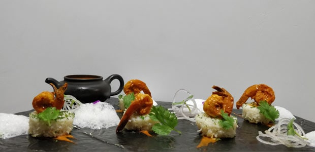 Goan Prawn Curry & Baked Rice Canapes