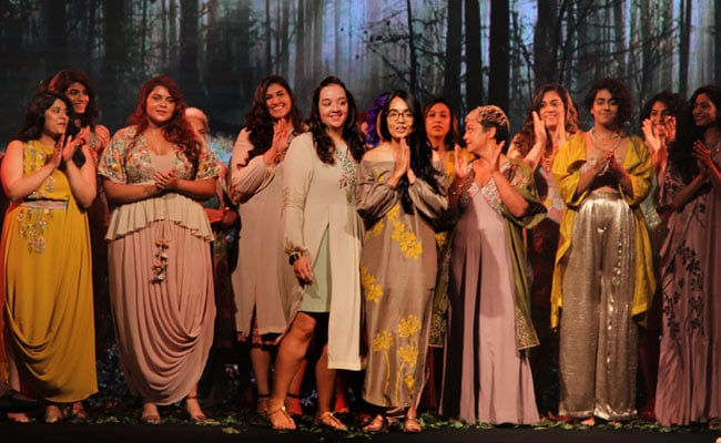 Lakme Fashion Week 2018 Day 1: Behold, The Glory Of The Half Full Curve Show