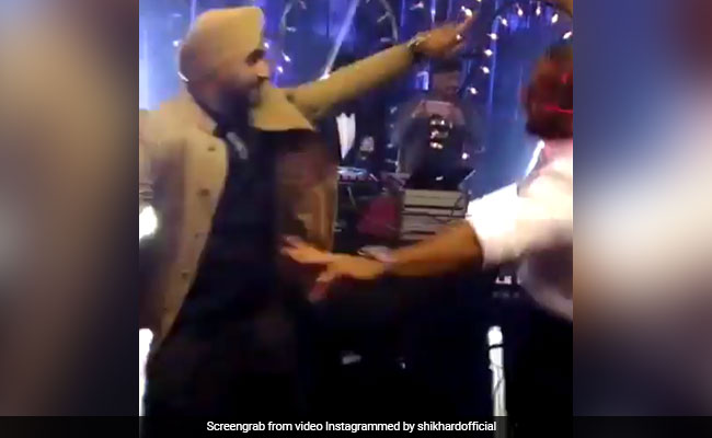Missing Virat-Anushka Wedding? See Shikhar Dhawan, Harbhajan Singh's New Bhangra Video
