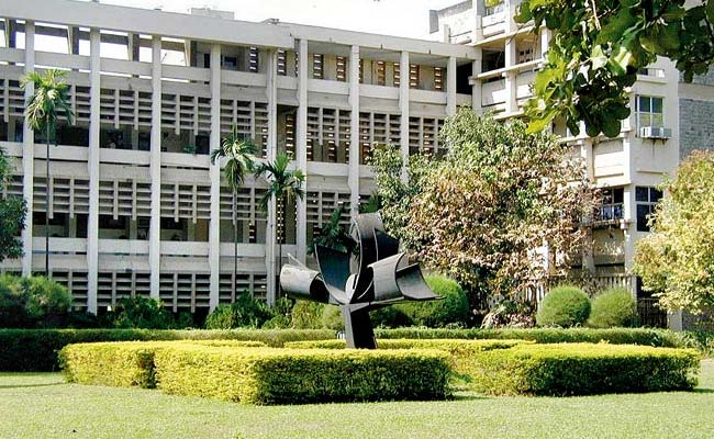 Female Enrolment In IITs To Be Increased To 20 Per Cent By Creating Supernumerary Seats