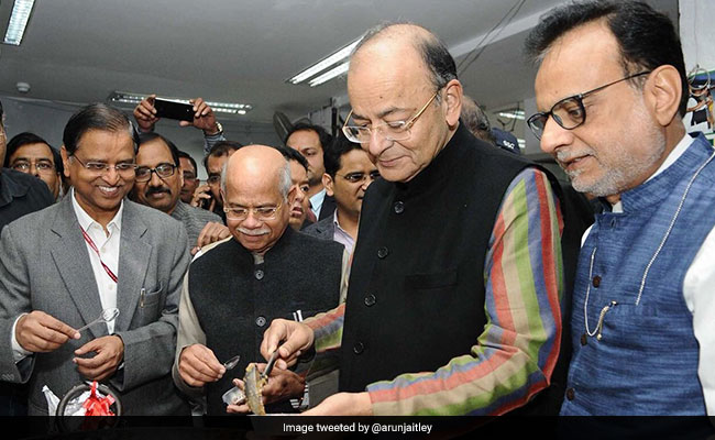 Budget 2018: Arun Jaitley Has Tough Task To Choose Between Populism, Fiscal Prudence