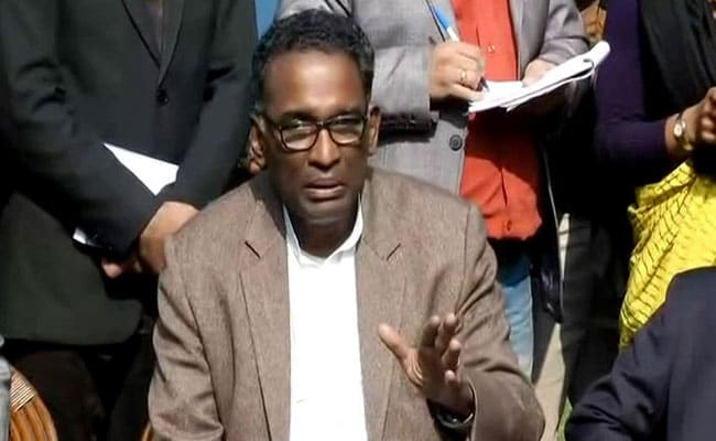 Justice Jasti Chelameswar Shares Dias With Chief Justice On His Last Working Day