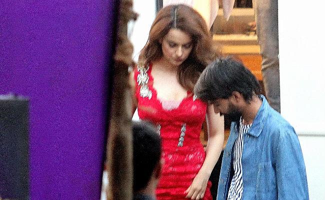 Kangana Ranaut Shoots For Karan Johar's TV Show. See Pics