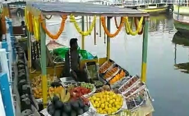 In A First, Floating Market Inspired By Bangkok Opens In Kolkata