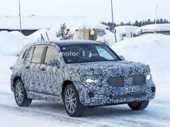 Mercedes-Benz GLB Compact SUV Spotted Undergoing Cold Weather Testing