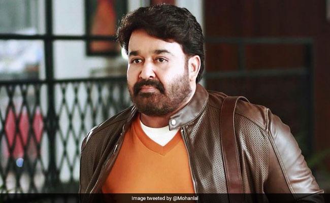 आखिर मुंबई के सड़कों पर क्यों घूम रहे हैं साउथ के सुपरस्टार मोहनलाल, जानें पूरा मामला