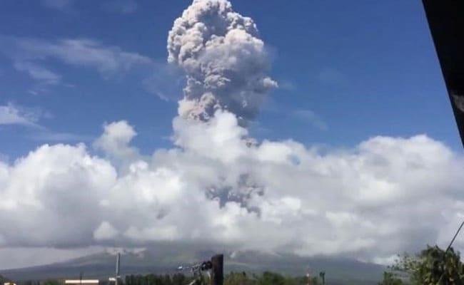 Major Volcano On Verge Of Huge Eruption, 8-Km Danger Zone