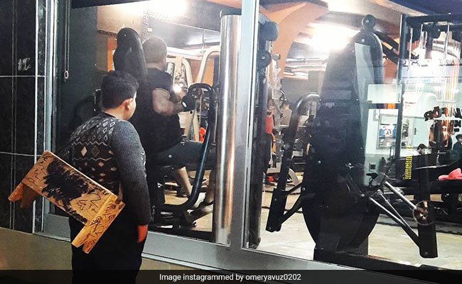 Syrian Refugee Boy Gazing At Gym In Viral Pic Gifted Lifetime Membership