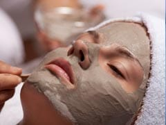 मुल्तानी मिट्टी: चेहरे के दाग-धब्बे करे दूर और बालों को बनाएं डैंड्रफ फ्री, जानें कैसे करें इस्तेमाल