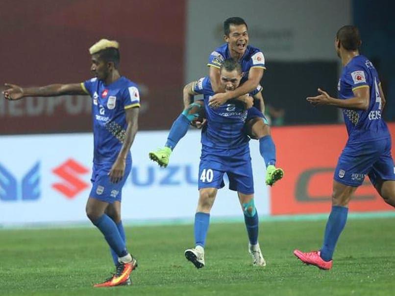 ce2fb68dacb49 Indian Super League  Thiago Santos Scores As Mumbai City FC Hold Jamshedpur  FC To 2-2 Draw