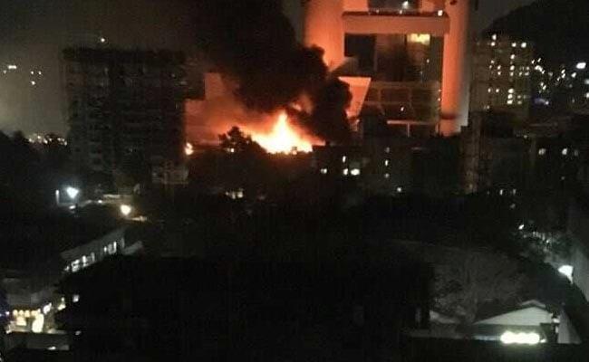मुंबई : सिनेविस्टा स्टूडियो में सीरियल की शूटिंग के दौरान भीषण आग, स्थिति नियंत्रित