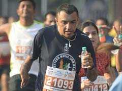 "To Promote ""Roti Bank"" Initiative, Dabbawalas Run In Mumbai Marathon"