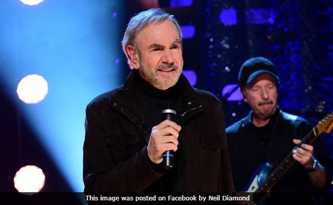 Neil Diamond Reveals He Has Parkinson's Disease, Will Retire From Touring