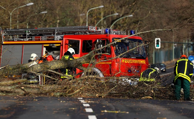 9 Dead As Huge Storms Batter Europe