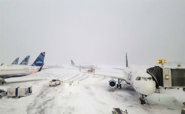 More Than 6,500 Flights Delayed, 800 Cancelled Due To Winter Storm In US