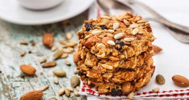 oatmeal almond cookie