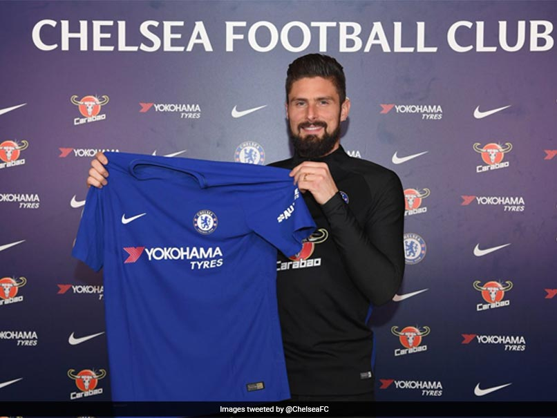 2532d3ea500 Premier League  Olivier Giroud Joins Chelsea From Arsenal