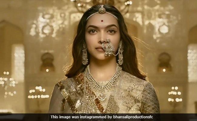 Padmaavat Box Office Collection: दुनियाभर में Top-5 में शामिल होकर 'पद्मावत' ने दी हॉलीवुड फिल्मों को करारी टक्कर