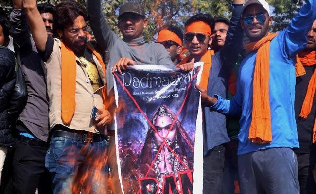Protesters Block Roads, Damage Vehicles In Rajasthan To Protest 'Padmaavat'