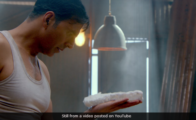 PadMan Song Saale Sapne: Akshay Kumar Motivates You To Dream Big