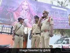 पद्मावत हिंसा : मुंबई में करणी सेना का अध्यक्ष अजय सिंह सेंगर हिरासत में, उत्तराखंड में भी विरोध
