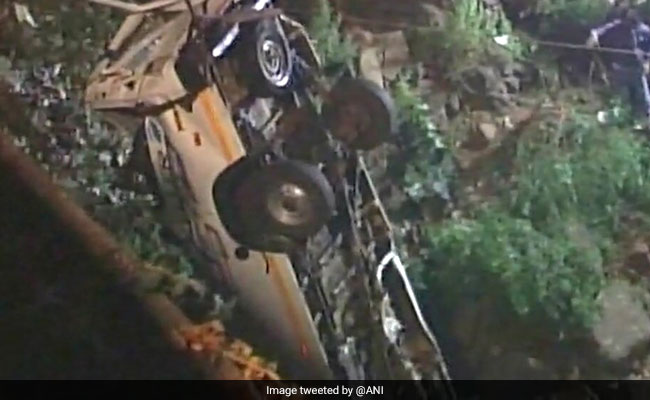 13 Dead, 2 Injured After Bus Falls Into River In Maharashtra's Kolhapur