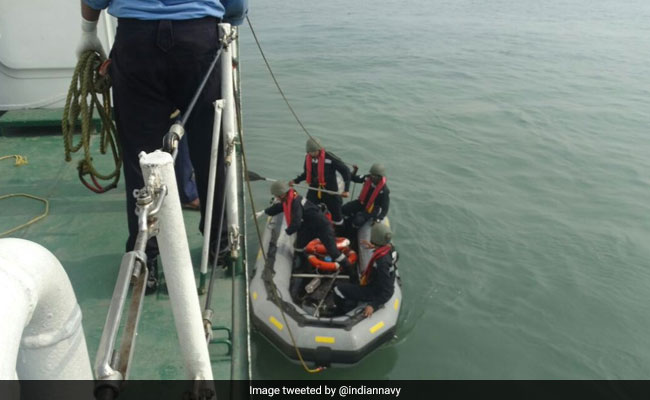 Mumbai chopper crash: 6 bodies found, search on for missing 1