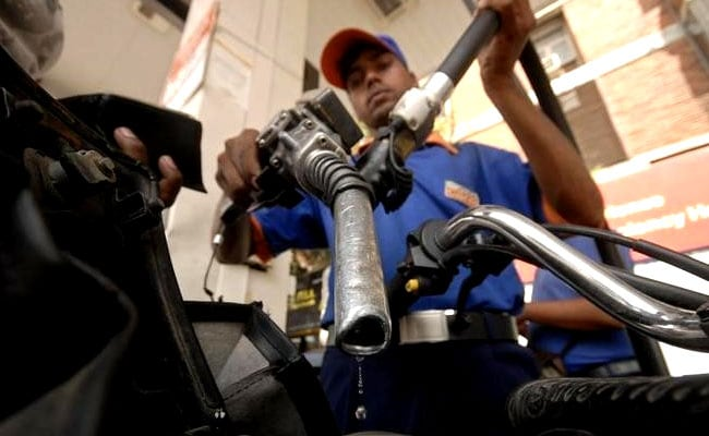 Petrol Prices Drop For Second Day, Diesel Prices Hiked Marginally
