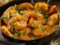 Durga Puja 2019: Celebrate The Last Day Of The Festival With This Delicious Lau Chingri (Watch Recipe Video)