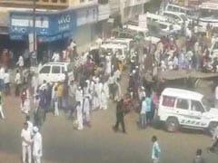 पुणे हिंसा: दलित प्रदर्शनकारियों ने मुंबई में ईस्टर्न एक्सप्रेस हाईवे पर ट्रैफिक रोका