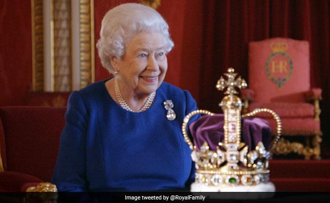 Queen Elizabeth II Complains About 'Horrible' Coronation Carriage