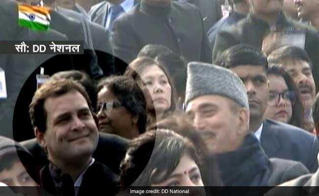 गणतंत्र दिवस परेड में राहुल गांधी को न पहली, न चौथी बल्कि छठी पंक्ति में मिली बैठने की जगह, सियासी पारा चढ़ा