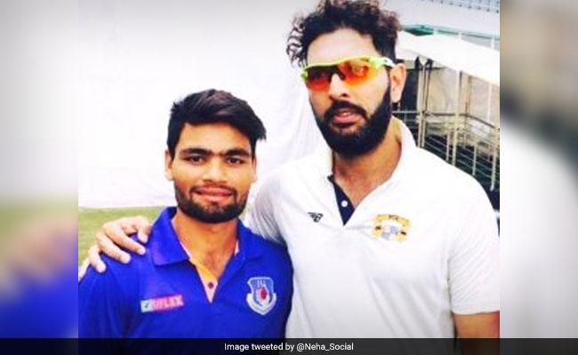 पिता घर-घर जाकर करते हैं LPG सिलेंडर की डिलीवरी, बेटे रिंकू सिंह को IPL टीम ने 80 लाख में खरीदा