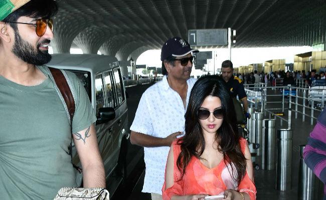 Riya Sen And Husband Shivam Tewari Spotted At Mumbai Airport