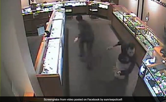 Watch: Thieves Set Off Fireworks In Mall To Steal Watch Worth Rs 7 Lakhs