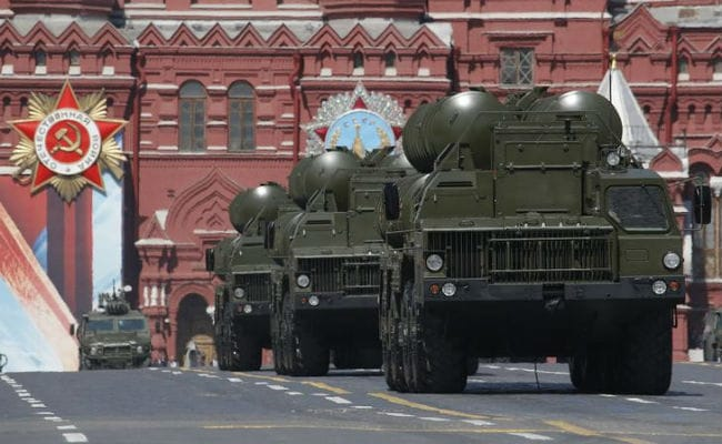 Storm Damages Parts Of Russia's S-400 System On Its Way To China: Report