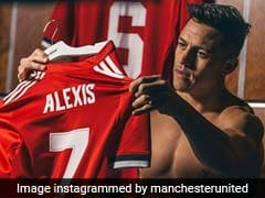 Premier League: Alexis Sanchez Signs For Manchester United
