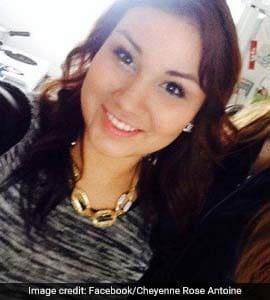 Facebook Selfie Helps Nail Woman, 20, Who Murdered Friend