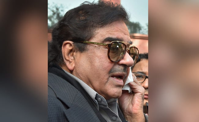 After Shatrughan Sinha Attends RJD Iftaar, BJP Leader Talks Of Action