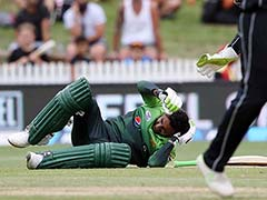 Shoaib Malik Gets Hit On The Head, Shows Symptoms Of Delayed Concussion