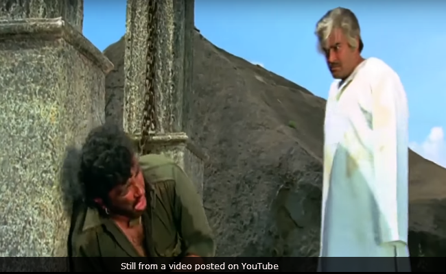 43 Years After Sholay, Director Reveals Why Censor Board Changed The Ending