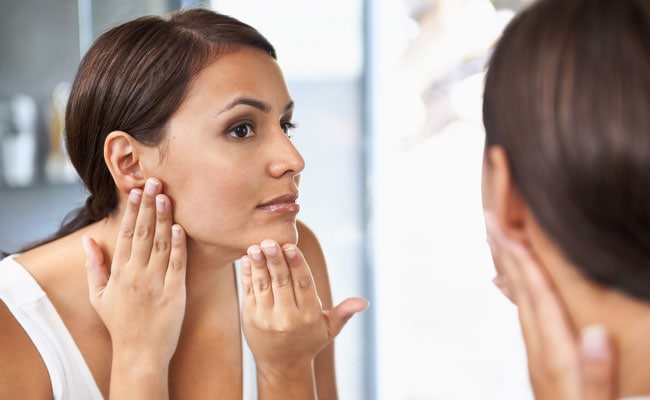 Expert Reveals 9 Things You Should Never Put On Our Face