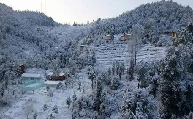 Uttarakhand Gets Fresh Snowfall As Winter's Around The Corner
