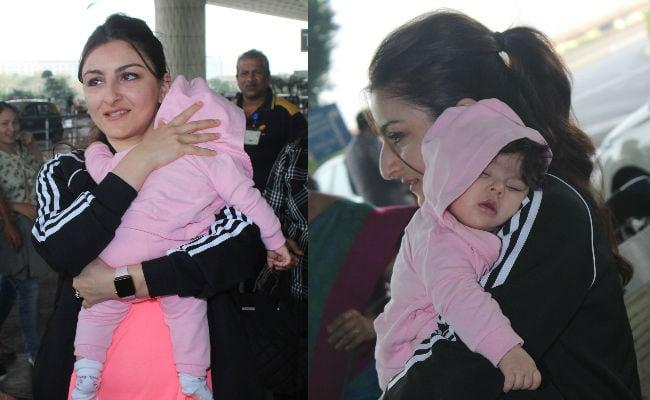 Seen Viral Pics Of Soha Ali Khan And Daughter Inaya Naumi Yet?