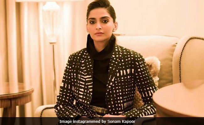 Sonam Kapoor Posts About Supporting Women. Maybe You Should, Says Twitter