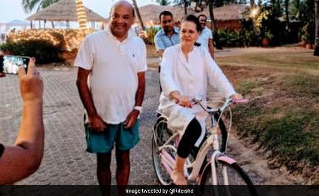 sonia gandhi cycle 650