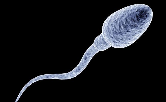 Sperm को कम कर रही हैं आपकी रोज़ाना की ये 6 आदतें