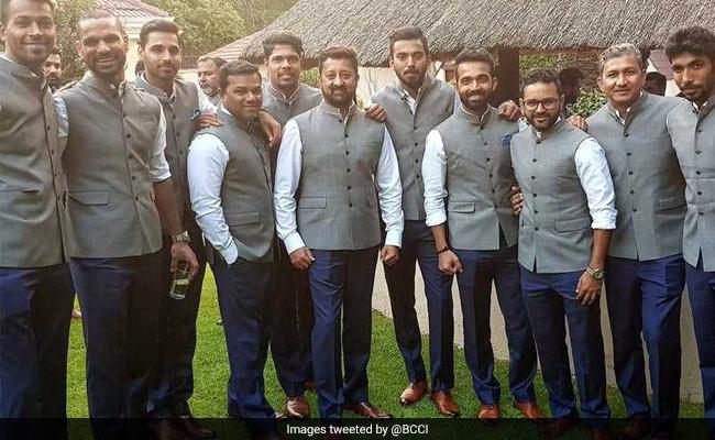 IND vs SA: जोहांसबर्ग में इंडिया हाउस पहुंची विराट कोहली ब्रिगेड, देखें तस्वीरें...